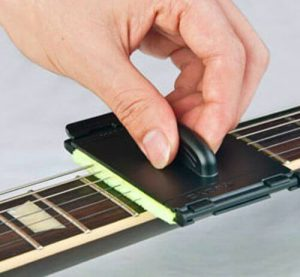 gift ideas for guitar players under $15